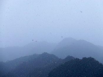雪と山_R.jpg